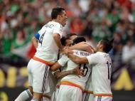 A festa do México na vitória sobre o Uruguai (Joe Camporeale-USA TODAY Sports)