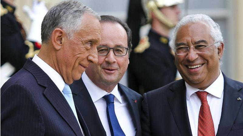Marcelo Rebelo de Sousa e António Costa recebidos por François Hollande em Paris no Dia de Portugal