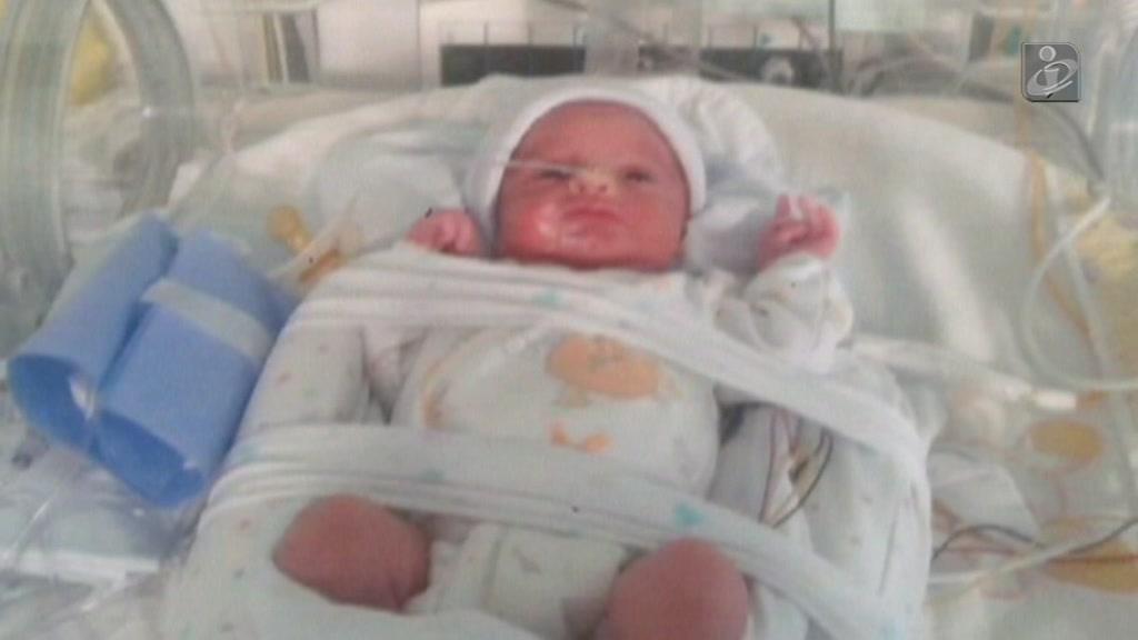 Primeiras imagens de Lourenço, o bebé milagre