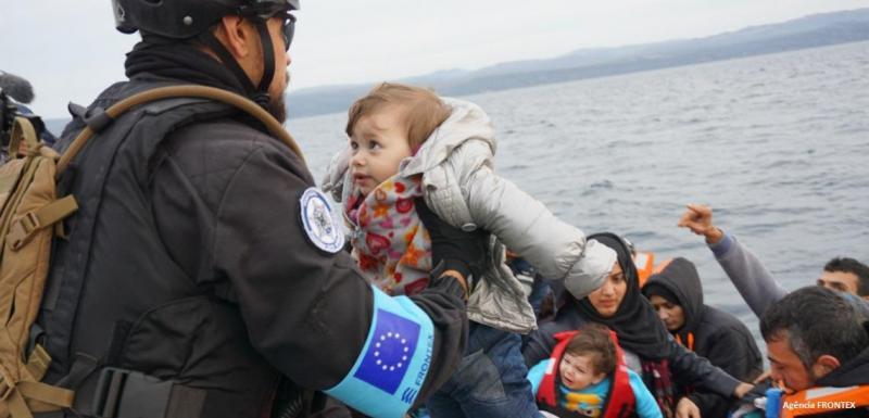 Foto da Polícia Marítima premiada pela agência FRONTEX