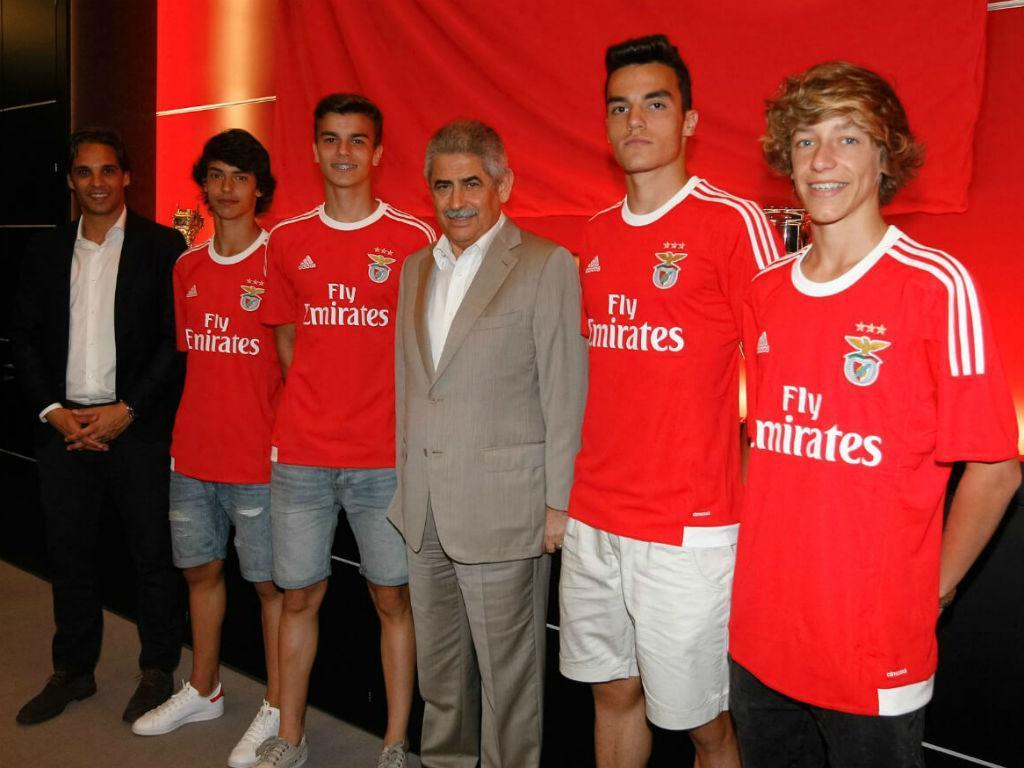 João Félix, Miguel Nóbrega, Pedro Álvaro e Jordan Gaag (foto SLB)
