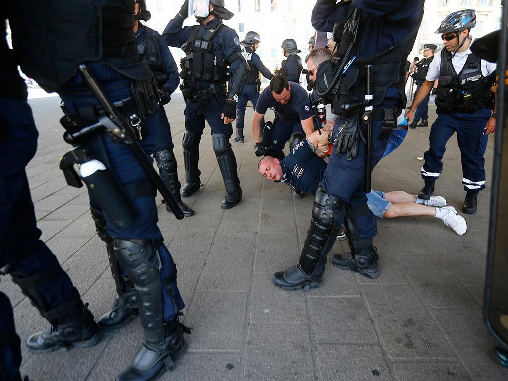 Confrontos em Marselha