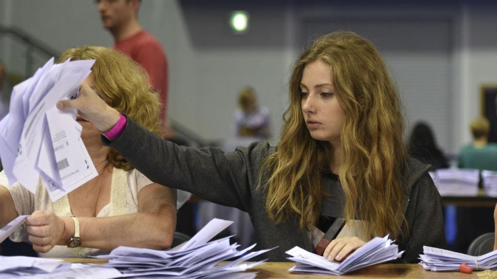 Imagens de uma noite de referendo