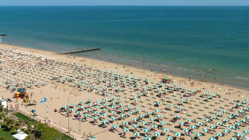 Praia de Oro, Itália