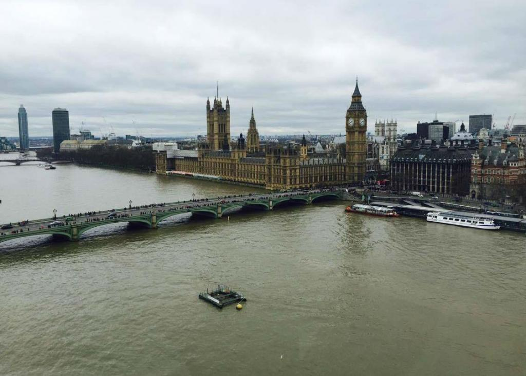 Londres - Lara Silveira