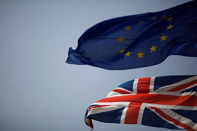 Brexit: UE irá negociar espaço schengen