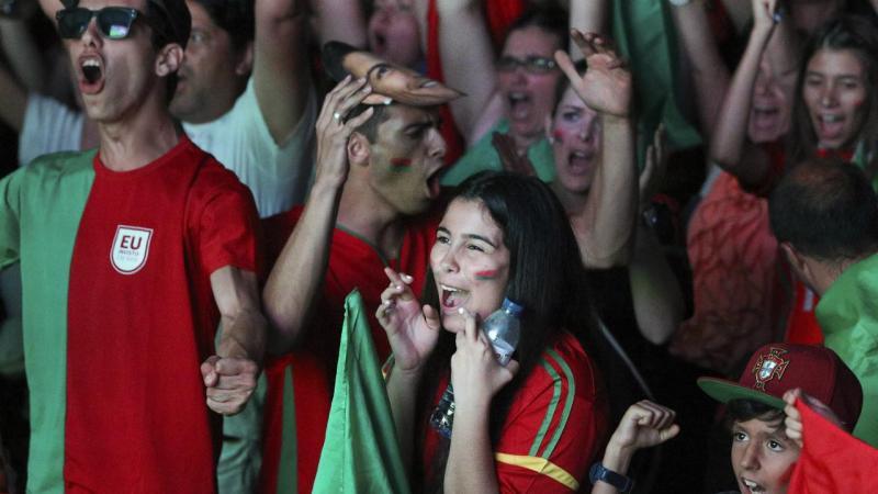 Hoje a festa do euro fez-se em português