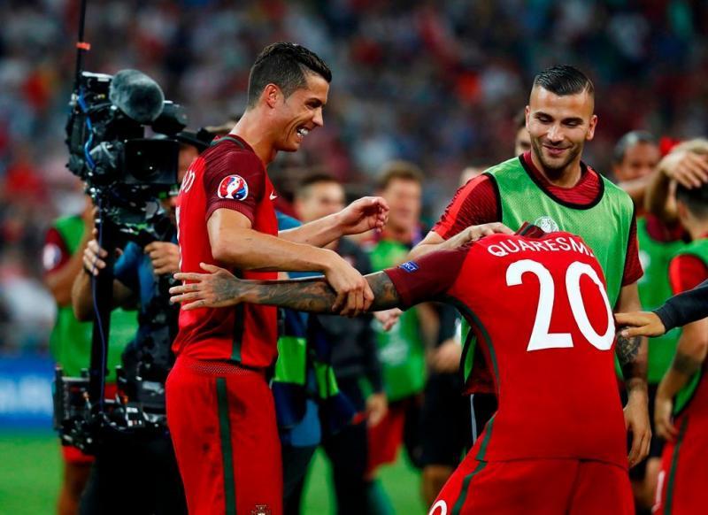 1e9968be3c 5 128 - Cristiano Ronaldo e Ricardo Quaresma - Jogo Portugal vs Polónia - Euro  2016 30.06.2016 Foto  Reuters