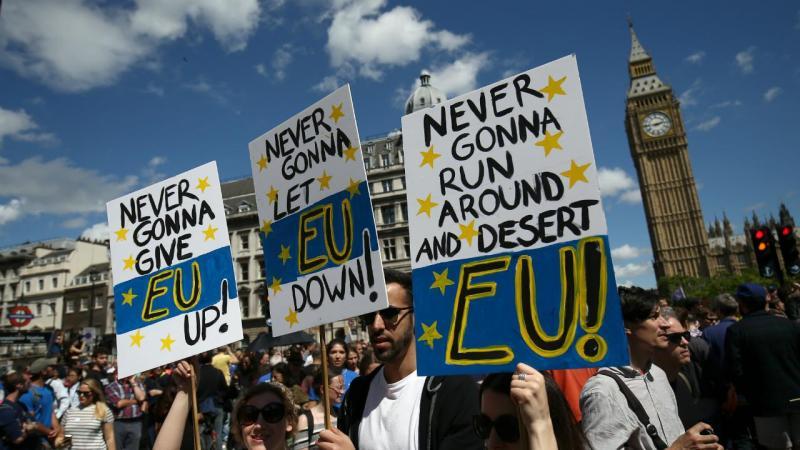 Marcha em Londres contra a saída do Reino Unido da União Europeia [Foto: reuters]