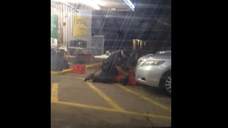 Polícia de Baton Rouge mata suspeito durante detenção