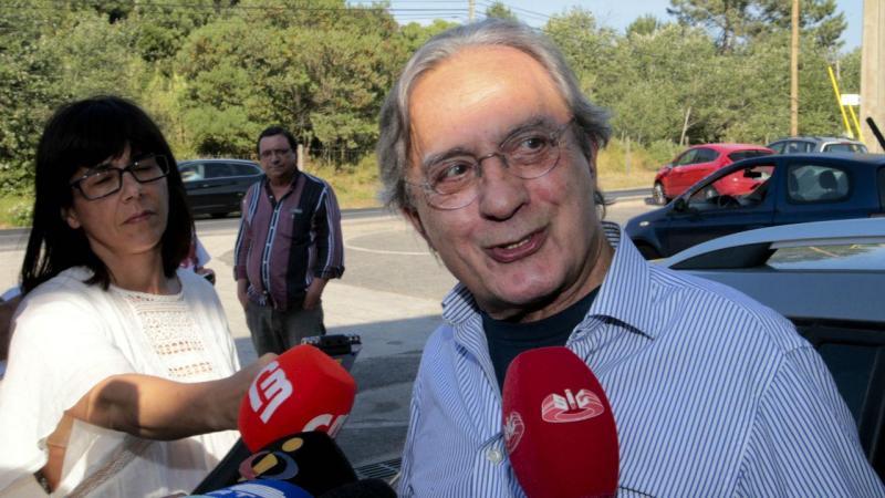 Carlos Cruz já está em liberdade