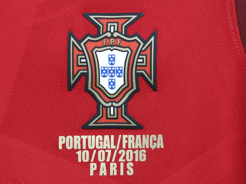 Portugal joga de vermelho: esta é a camisola da final