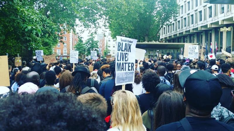 Protesto em Londres contra racismo
