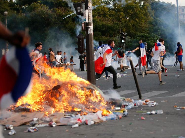 Euro 2016: desacatos em Paris