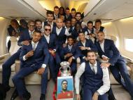 Campeões da Europa de volta a Portugal (Foto Francisco Paraíso/FPF)