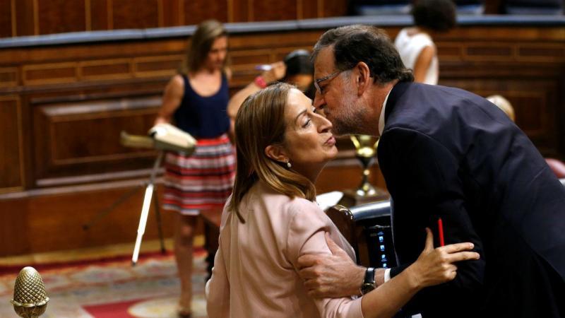 Ana Pastor, presidente do parlamento espanhol, com PM Rajoy