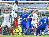 Euro sub-19: Inglaterra-Itália (Uwe Anspach/EPA)