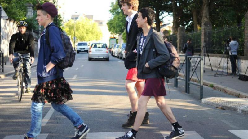 Rapazes de saia