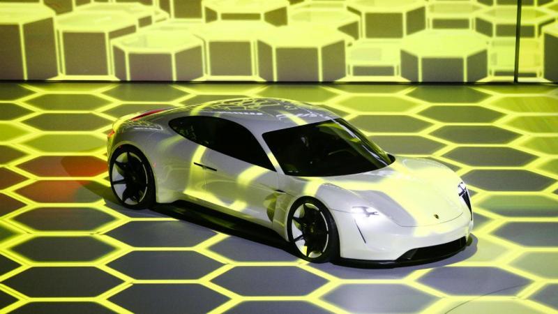 Porsche Elétrico
