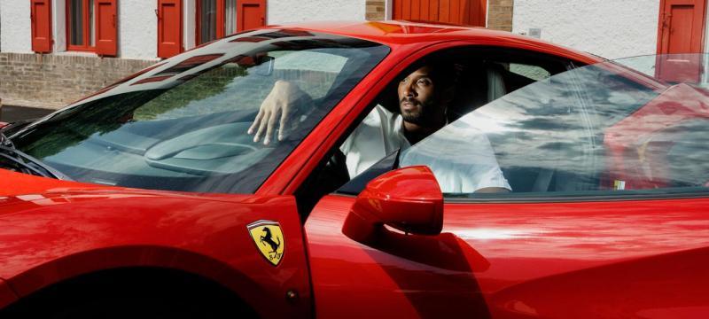 Kobe Bryant na Ferrari