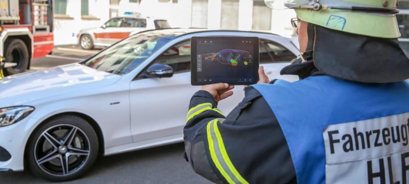 App Assistente de Salvamento Mercedes-Benz