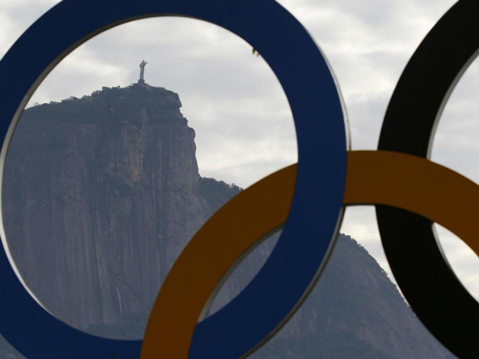 Campeã olímpica de voleibol suspensa quatro anos por doping
