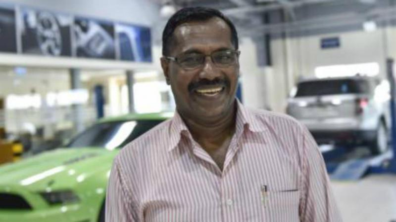 Mohammad Khadar ganhou a lotaria uma semana depois de ter sobrevivido a um acidente de avião