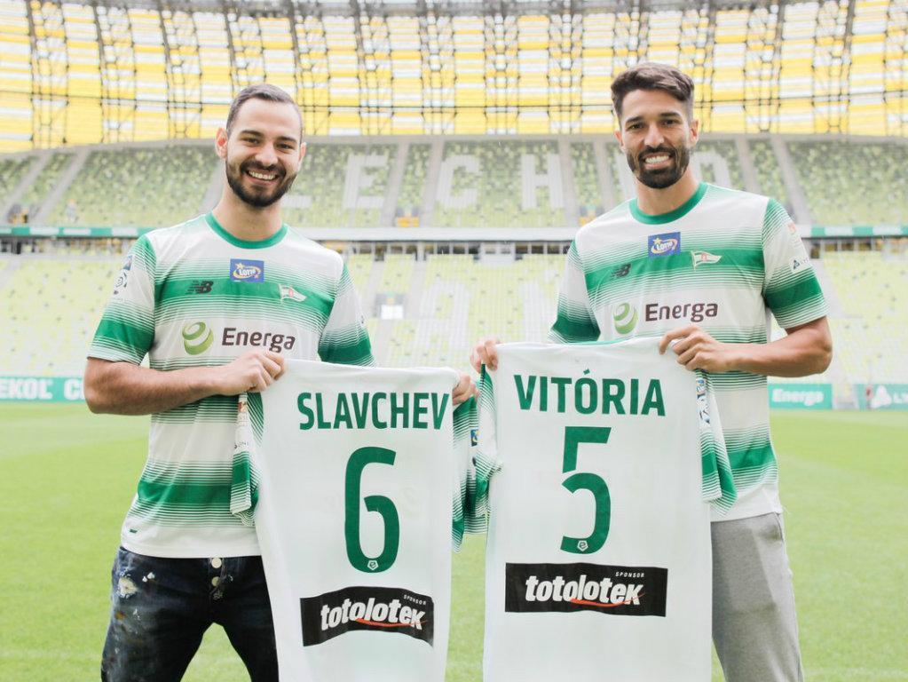 Steven Vitória e Slavchev