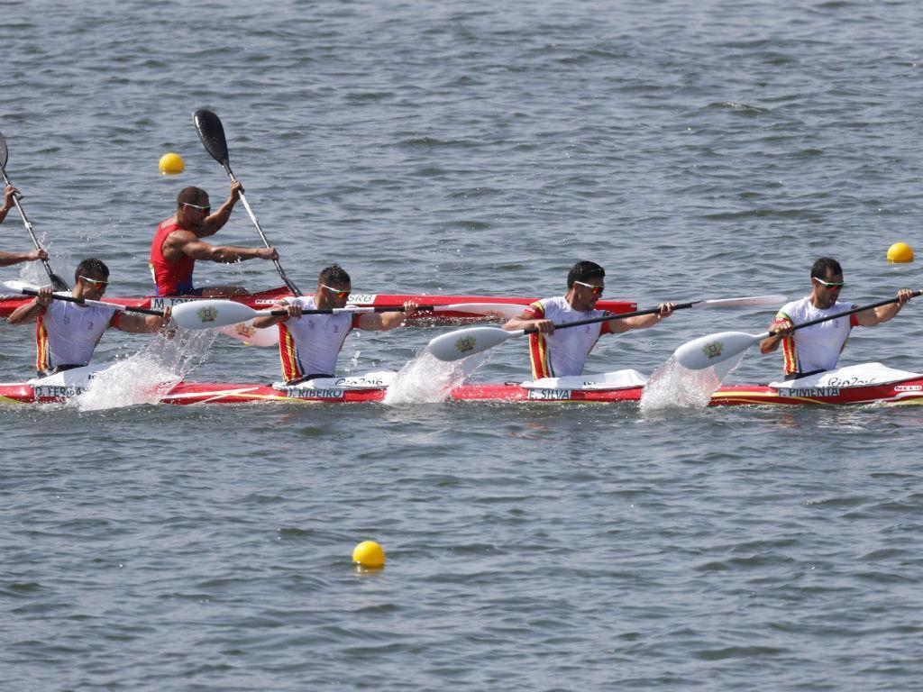 Equipa portuguesa de K4 1000m (Orlando Barria/EPA)