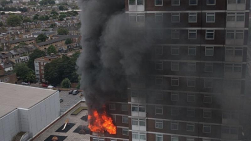 Incêndio em prédio londrino