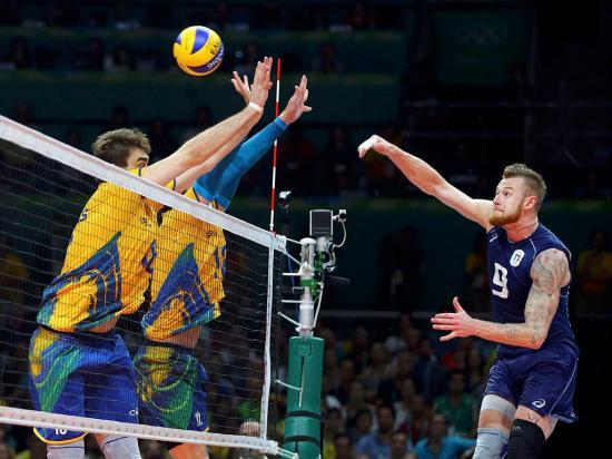 Rio 2016: Brasil bate Itália na final do voleibol