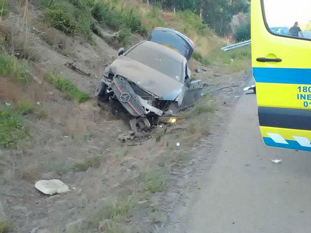 Zé Turbo escapa ileso a aparatoso acidente de viação