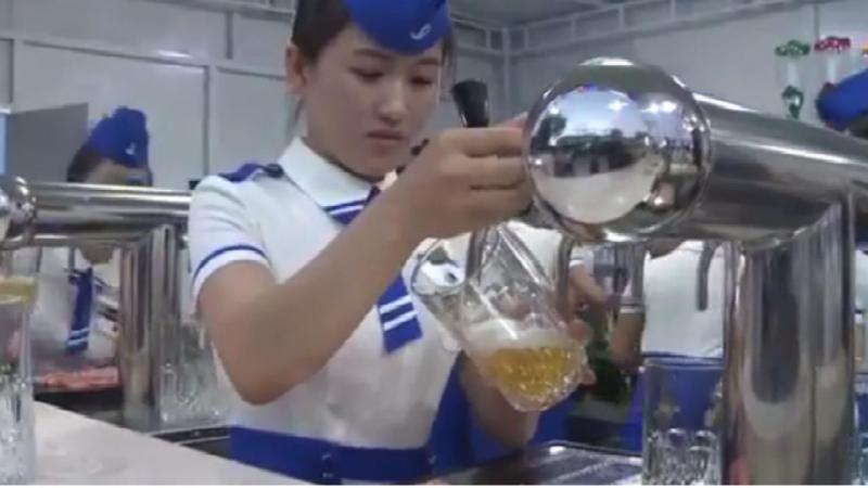 Festival da cerveja Taedonggang na Coreia do Norte