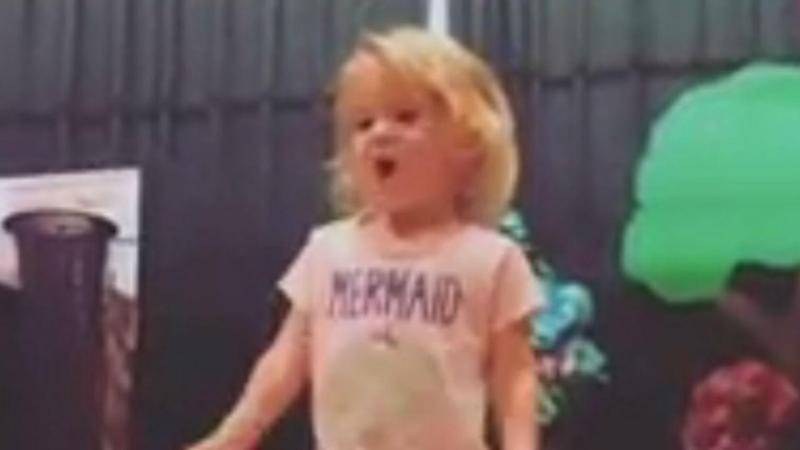 Violet, de dois anos