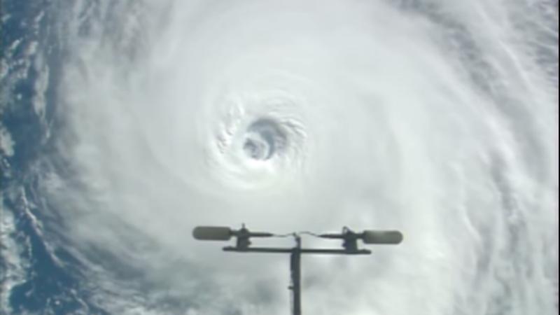 NASA capta furacões sob oceanos
