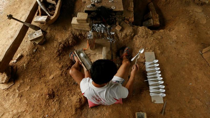 Em Laos, as casas foram construídas em cima das bombas norte-americanas