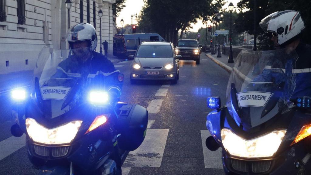 Salah Abdeslam chega ao Tribunal, em Paris