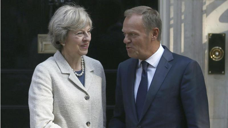 Theresa May e Donald Tusk