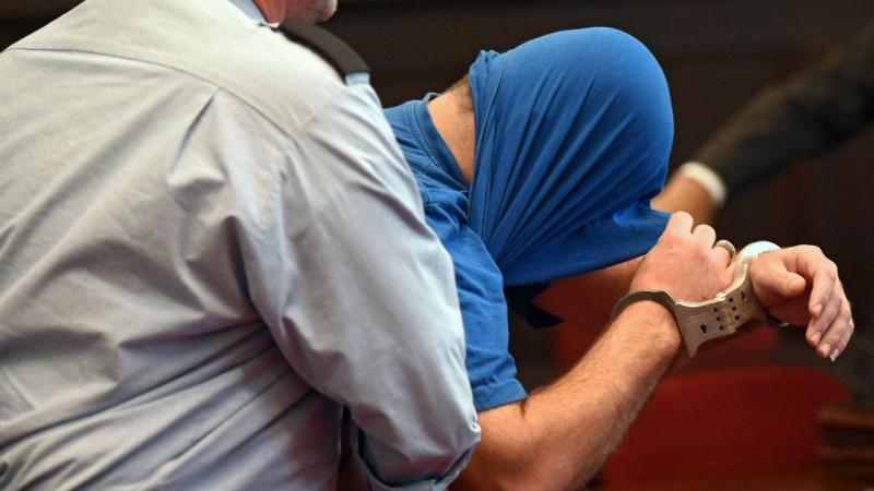 Refugiado sírio julgado em Bona