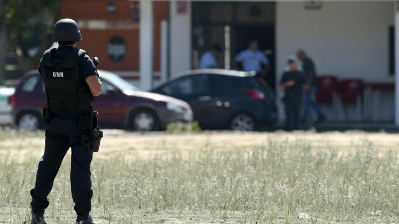 Perseguição da GNR termina com um morto e dois detidos no Porto Alto