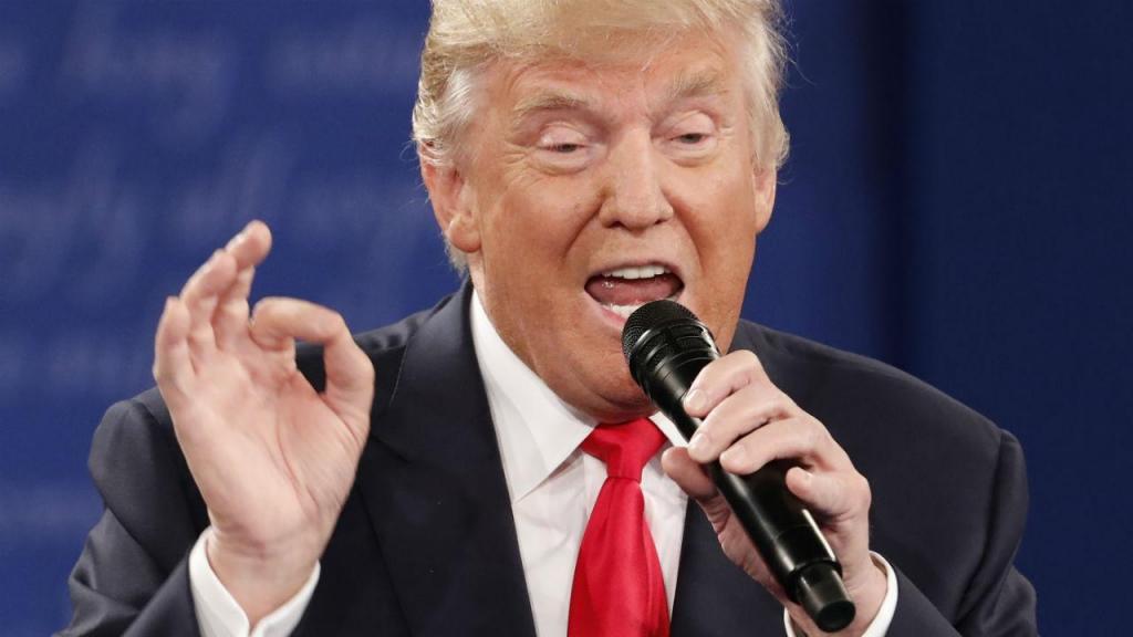 Debate Hillary Clinton vs Donald Trump in St. Louis (Reuters)