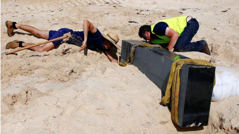 Obras de arte destruídas pelo mar na Austrália