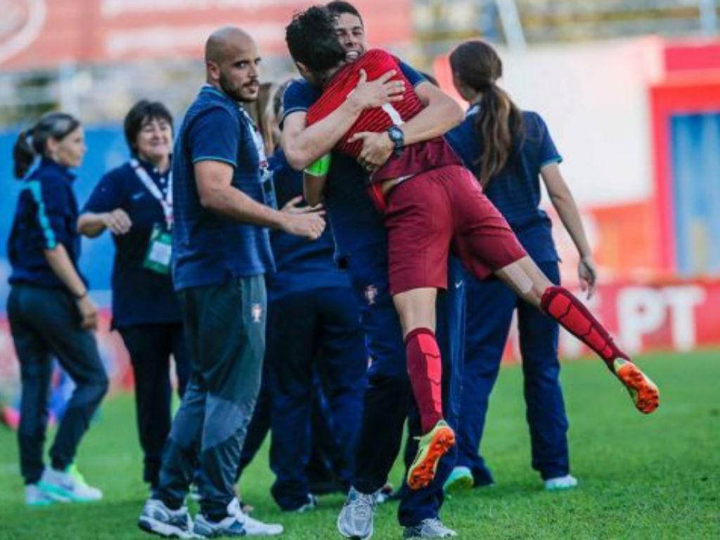 Seleção feminina no Euro2017 (fotos FPF)