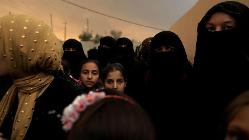 Iraquianos fogem à violência de Mossul