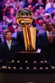 NBA de volta: Cavs receberam anéis e venceram os Knicks