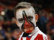 Stoke bate Swansea em noite de Halloween