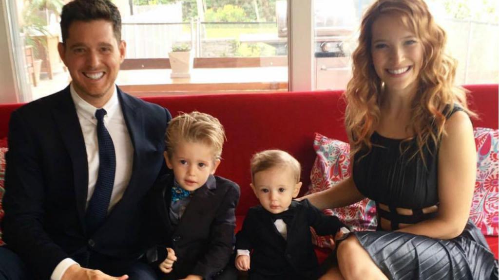 Michael Bublé e Luisana Lopilato com os filhos, Noah e Elias