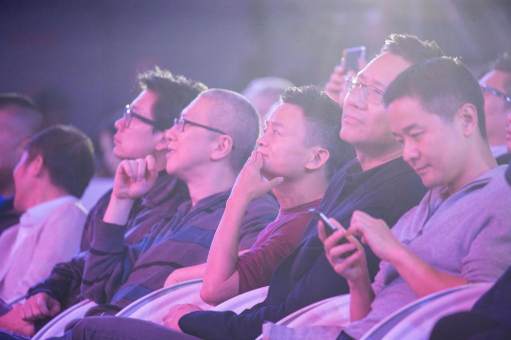 Alibaba: vendas disparam no Dia dos Solteiros