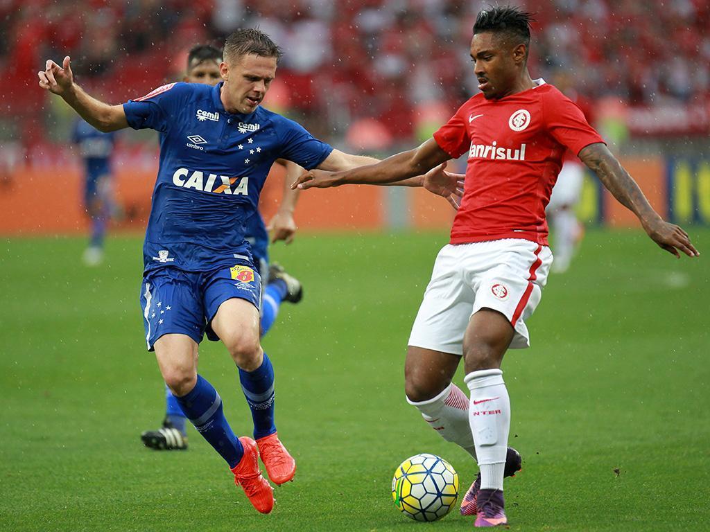 Internacional-Cruzeiro (Reuters)