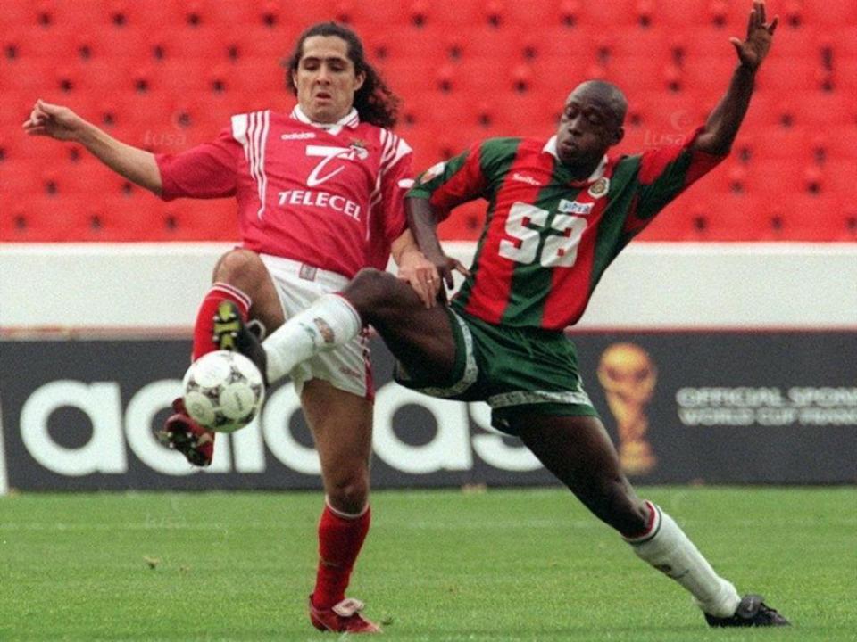 Alex, lenda do Marítimo: «Até Baggio me pediu a camisola»